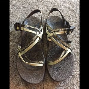 Chacos Sandles